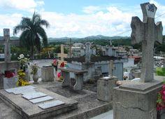 Juncos, PR: Cementerio