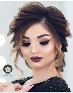 Peinados boda Dix y Jesus Pakistani Bridal Hairstyles, Pakistani Bridal Makeup, Bride Hairstyles, Messy Hairstyles, Soft Bridal Makeup, Bride Makeup, Wedding Hair And Makeup, Beauty Makeup, Hair Makeup