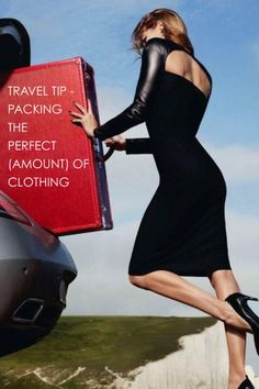 Travel Tip – Packing the Perfect Clothing // http://www.hithaonthego.com/travel-tip-packing-perfect-clothing/