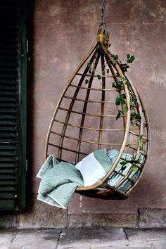 Gorgeous Hanging Chair, I Wonder If It Would Be Possible To Have A Potted  Plant Above This, Something To Grow A Vine Of Morning Glories That Could  Climb ... Design