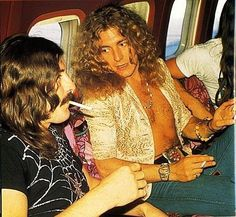 """John Bonham and Robert Plant aboard Led Zeppelin's private jet """"The Starship"""" Led Zeppelin Iv, Robert Plant Led Zeppelin, Peter Frampton, John Bonham, Jimmy Page, Keith Richards, Mick Jagger, Great Bands, Cool Bands"""