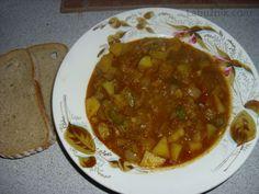 Cuketový guláš Chana Masala, Zucchini, Beef, Vegetables, Ethnic Recipes, Food, Hokkaido Dog, Meal, Essen