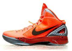 sports shoes d233a cb3e7 Cute Womens basketball shoes Hyperdunk 2011 Blake Griffin PE New