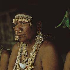 "Solomon Islands | ""Elder woman, adornment"". Santa Ana-Makira. | ©Victoria Ginn, 1986"