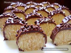 Coconut Roll Is Ready In Just 10 Minutes Caramel Recipes, Candy Recipes, Baking Recipes, Sweet Recipes, Dessert Recipes, Finger Desserts, Easy Desserts, Ginger Ale Recipe, Macedonian Food