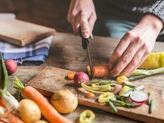 Bauchschmerzen und Müdigkeit haben Euch in eurem Leben stark beeinflusst - bis eine Glutenunverträglichkeit erkannt wurde? Eine bewusste Ernährung hilft Euch gezielt gegen Zöliakie vorzugehen, damit Ihr euer Essen in Zukunft wieder bewusst genießen könnt.