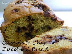 My Favorite Things: Chocolate Chip Zucchini Bread Sweet Desserts, Just Desserts, Sweet Recipes, Yummy Recipes, Yummy Treats, Yummy Food, Sweet Treats, Patisserie Cake