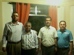 Pastor Jairo (junto comigo), líder da Igreja Luz do Mundo no país da Colômbia e dois de seus auxiliares.