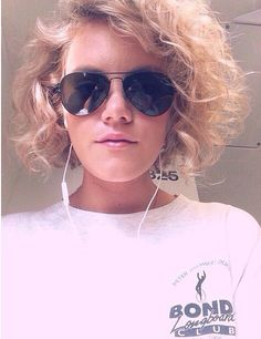 Taya Smith from Hillsong #HairGoals