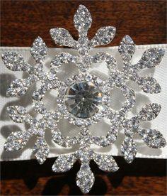 Rhinestone-Snowflake-Buckle
