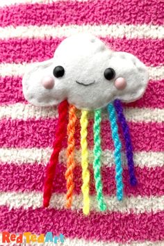 Red Ted Art's Cute Cloud Pin - a cute sewing project. Make this rainbow cloud as a pin to wear or as a backpack charm or keychain. Sewing Projects For Kids, Paper Crafts For Kids, Easy Crafts For Kids, Cute Crafts, Diy For Teens, Sewing For Kids, Fun Projects, Kid Crafts, Felt Crafts