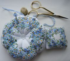 This is so sweet! Perhaps going to do this with the little flowers of the Point…