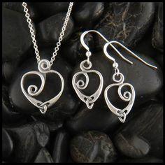 0e9b2ca97d4e2 Gold Anna s Heart Pendant and Earring Set