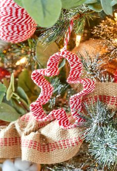30 Easy Christmas Ornament Crafts to Make Now