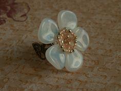 Ringen - Petal Bead Flower Statement Ring - Een uniek product van Arches op DaWanda