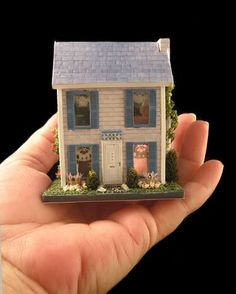 144 SCALE DOLLHOUSE FOR DOLLHOUSE image by SkywindMCM - Photobucket