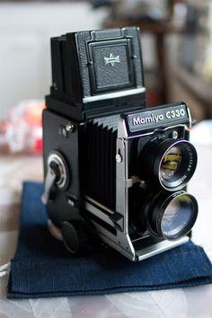 How to Use a Twin Lens Camera #stepbystep