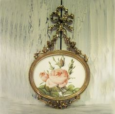 Vintage antique gold color Christmas flower cameo wall picture frame, Christmas ornament picture frame, rustic shabby chic picture frame, by HTArtcraftAndVintage, $23.75