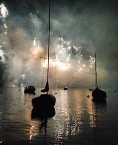 New Year Fireworks in Zurich http://wp.me/p39mMD-ilG