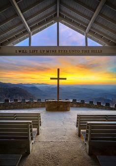 If I don't get married in a church this is where I am going!  Beautiful!!  This amazing outdoor chapel is at the edge of the Blue Ridge Mountains in South Carolina, only a couple of miles from the North Carolina border. Pretty Place Chapel is a super popular spot to get married and it's easy to see why!  Hey family...I've been here. We had youth retreats here. I have pictures. :)