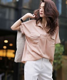 キレイめのテロテロ素材なら上品に着れる♡40代アラフォー女性のスキッパーシャツのコーデ♪