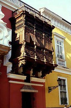 Wooden balcony of the Torre Tagle Palace, Lima.  Photo: Mylene d'Auriol Stoessel.