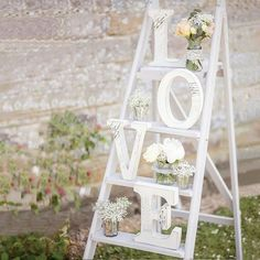 Great DIY Party Wedding Decorations with White Wooden RomanticLetters Romantic Wedding Decor, Rustic Wedding Signs, Perfect Wedding, Wedding White, Dream Wedding, Diy Wedding Letters, Shabby Chic Wedding Decor, Rustic Wedding Reception, Wedding Receptions