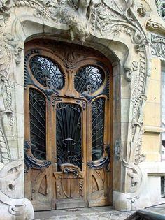 The Maison Lavirotte...29 Avenue Rapp in the 7th Arr. ...Paris