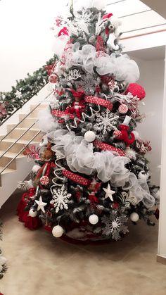 Creative Christmas Trees, Christmas Tree Decorations, Christmas Wreaths, Holiday Decor, Christmas Clay, Xmas Tree, Rose, Tobias, Handmade