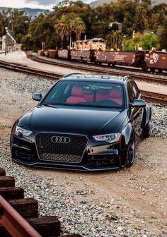 Audi slammed pic.twitter.com/sP067299JN