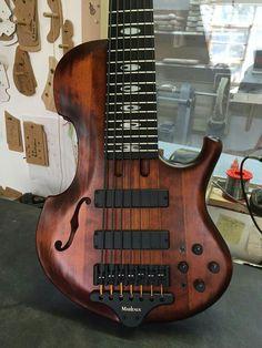 Gretsch, Bass Guitars, Electric Guitars, Jackson, Low End, Kiesel, Cool Guitar, Erotica, Musical Instruments