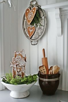 VIBEKE DESIGN: Pepperkake land...... Cutest gingerbread house with a Reindeer?  on top.