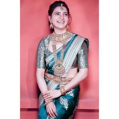 Samantha In Saree, Samantha Ruth, Silk Saree Blouse Designs, Blouse Neck Designs, Blouse Styles, Bridal Sarees South Indian, Samantha Images, Asian Wedding Dress, Wedding Saree Collection