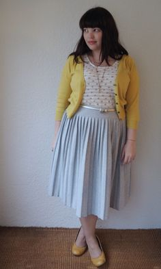 plus size pleated skirt and yellow cardigan | Frocks and Frou Frou - Lilli