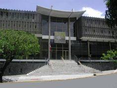 Biblioteca Nacional amplía su horario este 2013