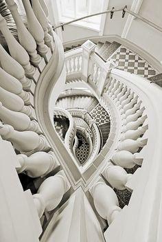 photo: naturhistorisches museum, treppe