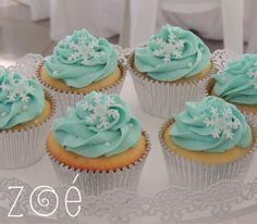 Cupcakes - Frozen themed party #cupcake #frozen #zoébakes
