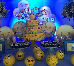 10 Tortas originales con emojis Los invitados quedaran encantados con una deliciosa obra de arte que refleja tu emoji preferido y para cu...
