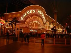 The Golden Nugget on the Fremont Experience in downtown Las Vegas goldnug.jpg (640×480)