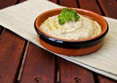 Baba ghanoush czyli pasta z pieczonego bakłażana Grains, Rice, Pasta, Food, Essen, Meals, Seeds, Yemek, Laughter