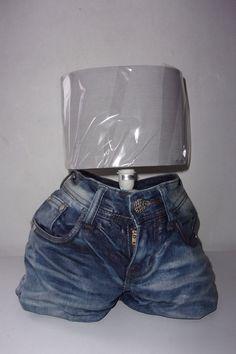 support lampe en jeans..leger et dur à la fois.https://www.alittlemarket.com/boutique/sissi_arts_body-1348519.html.