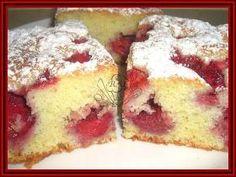Kouzelná vařečka: Jahodová bublanina Slovak Recipes, Czech Recipes, Healthy Dessert Recipes, Baking Recipes, Czech Desserts, Desert Recipes, Food Design, Sweet Recipes, Sweet Tooth