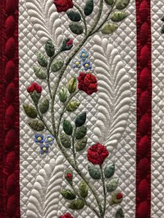 Blue Mountain Daisy: More amazing quilts from the 2017 Sydney Quilt Show - Stickerei Ideen Crazy Quilting, Longarm Quilting, Free Motion Quilting, Quilting Ideas, Quilting Templates, Crazy Patchwork, Hand Quilting, Quilt Boarders, Wedding Ring Quilt