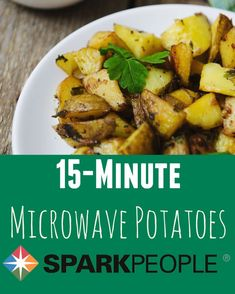 The Easiest Healthy Way to Make Potatoes | via @SparkPeople #potatoes #recipe #dinner #microwave #healthy
