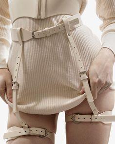 Pic by Rita Minissi; Leather work by Fleet Ilya ♥