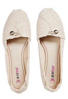 Equal parts chic and comfy, Noey by JustFab is your master flat.