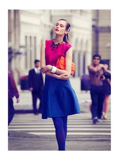 Fall With Love – Vibrant, jewel tone hues are the fashion of choice for Jac Jagaciak as she hits the city of Shanghai in JMN's latest work for Vogue China August. Stylist Yi Guo chooses classic shapes from Christian Dior and accessories from other labels as Jac stands out from the crowd in her colorful apparel.