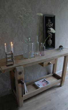 Modern interior design for amazing apartment Sweet Home, Decor, Interior Design, Decor Inspiration, Furniture, Interior, Entryway Tables, Diy Déco, Home Decor