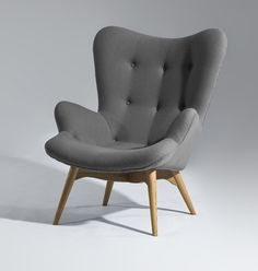 Grant Featherston Style Contour Lounge Chair - Discover home design ideas, furniture, browse photos and plan projects at HG Design Ideas - connecting homeowners with the latest trends in home design & remodeling Cool Furniture, Furniture Design, Mid Century Modern Furniture, Mid Century Modern Chairs, Mid Century Chair, Home And Deco, My New Room, Mid-century Modern, Modern Lounge