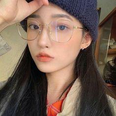 korean girl with glasses glasses korean girl _ korean girl with glasses _ pretty korean girls with glasses _ korean girl glasses hair _ korean girl short hair glasses _ korean ulzzang girl glasses _ korean girl in glasses _ korean girl selca glasses Ulzzang Girl Selca, Ulzzang Korean Girl, Pretty Korean Girls, Cute Korean Girl, Cute Glasses, Girls With Glasses, Girl Glasses, Ulzzang Glasses, Korean Glasses